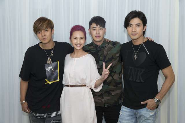 Rainie Yang Reunited with Her Most Iconic Drama Leads Mike ...