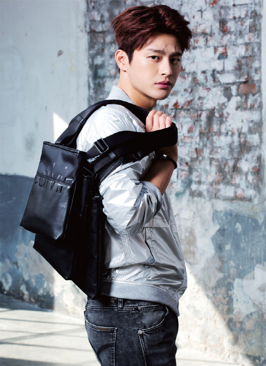Seo In Guk Casually Charming for Calvin Klein Jeans and Likely Enlisting in March 2017 - A Koala's Playground