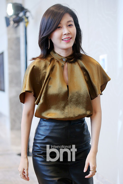 estee lauder jung min kim South korean actress sun woo-sun attends during a promotional event for the  estee lauder 'beauty of night' at beyond museum on august 23, 2013 in seoul, .